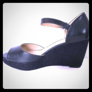 Black Wedge Sandle Sz 10